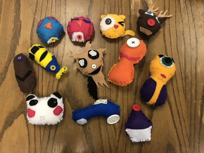 7th grade FACS hand sewing project
